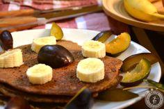 Der Paleo Pfannkuchen ist super lecker und kommt dabei ohne Zucker und Gluten aus. Schmeckt vorzüglich einfach nur mit Früchten oder mit Honig und Zimt.