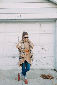 How to Style The Sleeveless Cape Coat - Art in the Find, cape coat with jeans and loafers, plaid scarf.