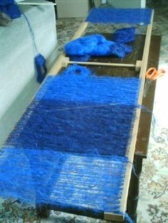 Downsizer: for a sustainable & ethical future - Weaving mohair scarves on a home-made scarf loom