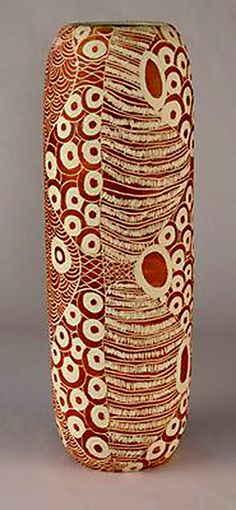 Ernabella-Ceramics-Derek-Thompson - Ceramics and Pottery Arts and Resources Pottery Bowls, Ceramic Pottery, Pottery Art, Pottery Shop, Sgraffito, Clay Vase, Indigenous Art, Contemporary Ceramics, Ceramic Design