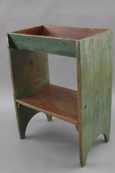 19TH CENTURY PENNSYLVANIA DRY SINK OR BUCKET BENCH IN ORIGINAL GREEN PAINT