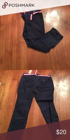 American Eagle capris NWT! American Eagle capris with belt included! These are navy blue. NWT! American Eagle Outfitters Pants