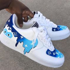 Drip Louis Vuitton X CDG Blue – louis vuitton shoes sneakers Cute Nike Shoes, Cute Sneakers, Shoes Sneakers, Nike Custom Shoes, Allbirds Shoes, Custom Painted Shoes, Art Shoes, Custom Made Shoes, Yeezy Shoes