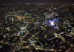 Handy Hintergrundbilder - London bei Nacht: http://wallpapic.de/kunst-fotos/london-bei-nacht/wallpaper-20195