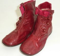 Victorian Hand Made r Buttoned Pair Of Fine Maroon Leather Childs Shoes