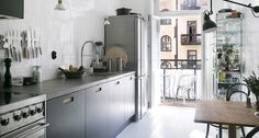 gravityhomeblog small kitchen4feat