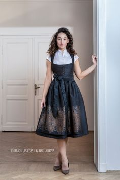 Vorschau Herbst Winter 2019/20 - Dirndl Melega Fashion Oktoberfest Outfit, Dirndl Skirt, Librarian Style, Full Skirts, Folk Costume, Elegant Outfit, Baby Dress, Fashion Dresses, My Style