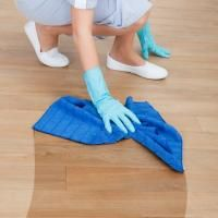 Hardwood Floor Cleaner: Home Recipe