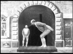 The Dwarf and the Giant (1901) - Georges Melies | Méliès duplicates himself, and then the duplicate (or is it the original?) grows to an enormous size.