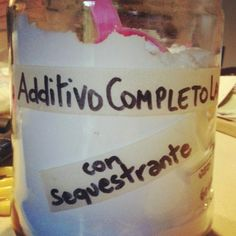 Il classico Sapone di Marsiglia o il liquido Sapone di Castiglia poco servono per una lavatrice di panni sporchi che reclamano pulizia ed ig...