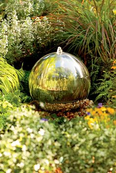 Gazing Ball Fountain.....could this be done using a drilled hypertufa ball and spraying with mirror paint?