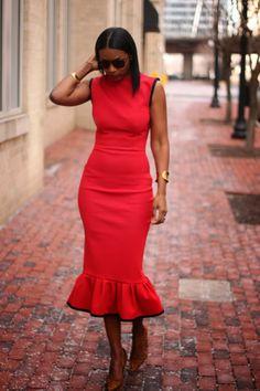 Beaute' J'adore, so making this damn dress.
