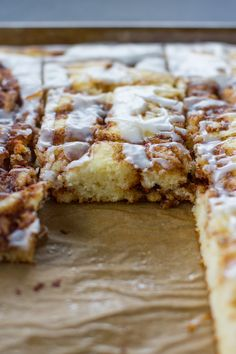 Cinnamon Roll Sheet Cake!! Buttery, sugary, cinnamon-swirled cake with lots of icing. Yes please!!