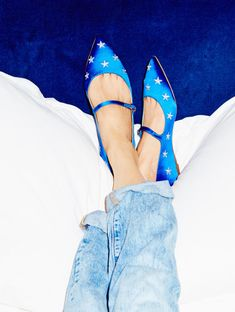 Trying on Shoes with Eva Chen We spent the day with @evachen212,...