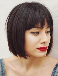 bob haircut Bob Haarschnitt bob haircut B. Bobbed Hairstyles With Fringe, Fringe Haircut, Bob Haircut With Bangs, Wavy Bob Hairstyles, Pixie Haircut, Haircut Style, Bob Haircuts, Short Bob Bangs, Haircut Short