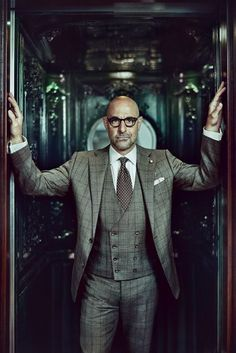 Could we love this man any more? Stanley Tucci Source: The Rake Magazine Photography by Tomo Brejc source More menswear & suits! Suit Fashion, Look Fashion, Mens Fashion, Fashion Clothes, Der Gentleman, Gentleman Style, Sharp Dressed Man, Well Dressed Men, Dandy Look