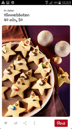 Niedliche Knetteigsterne mit Orangennote Cute kneading dough stars with orange note Christmas Desserts, Christmas Treats, Christmas Baking, Halloween Desserts, Christmas Recipes, Christmas Diy, Cute Cookies, Christmas Cookies, Sugar Cookies