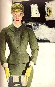 Model Evelyn Tripp, 1954  Photo by Louise Dahl-Wolfe for Harper's Bazaar, August 1954.