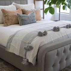 Pompom throw woven blanket cotton blanket pompom blanket   Etsy Moroccan Bed, Moroccan Wedding Blanket, Cal King Bedding, Twin Xl Bedding, Cozy Blankets, Cotton Blankets, Marrakech, Camas Twin, King Size Blanket