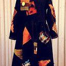 Zauberhafte Verkleidung für kleine Hexen: Das Kleid ist aus weichem, Bio Sweat(95% BW/5% EL, nicht zu dick auch für drinnen) und liebevoll mit Flicken verziert. Super bequem, kinderleicht...