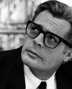 Marcello Mastroianni  Sunglasses#Marcello_Mastroianni