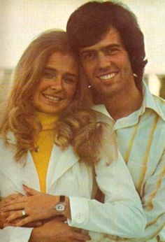 Alan Osmond with cute, Wife Suzanne Pinegar Osmond