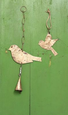Hanging bird decorations - Plümo Ltd