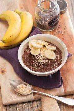 Zdravé dezerty s chia semínky - iDNES. Home Food, Smoothie Recipes, Ale, Food And Drink, Pudding, Vegan, Breakfast, Fitness, Desserts