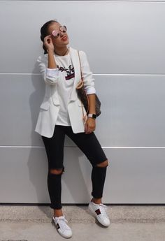 #gucci #louisvuitton #jeans #black #americanas #blanca #white #bag #bigbag #sunglasses #school #date #streetstyle #looks #streetstyle #casual #mango #sneakers #outfits #blazers # by @_ladyburdeos on Chicisimo