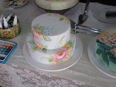 Bolo pintado a mão por Fátima Corrêa            decorated cakes