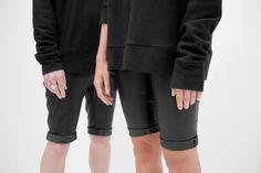 arrowstudiolausanne - basic - boyish - effortless - minimalism - raw - seasonless - timeless - unisex Boyish, Arrow, Minimalism, Capri Pants, Unisex, Studio, Fashion, Moda, Capri Trousers