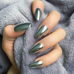 Glamour Chrome Nails Trends 2017 33