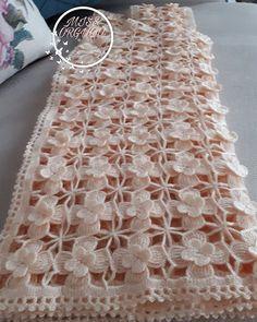 Items similar to Crochet Christmas pineapple decorations set of 6 crochet pineapple Christmas tree decorations close package. on Etsy Gilet Crochet, Crochet Motifs, Crochet Diagram, Baby Blanket Crochet, Crochet Shawl, Crochet Lace, Crochet Stitches, Crochet Flower, Crochet Doilies