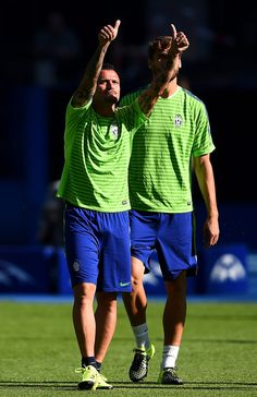 Simone Pepe of Juventus gives the thumbs up during a Juventus training session on the eve of the UEFA Champions League Final match against FC Barcelona at Olympiastadion on June 5, 2015 in Berlin, Germany.