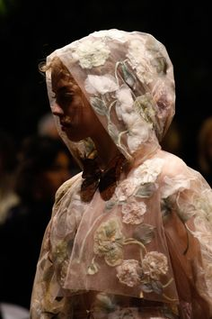 Christian Dior Spring 2017 Couture collection parMaria Grazia Chiuri.