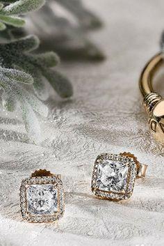 PANDORA's Timeless Elegance earrings in gold are the perfect gift. Pandora Earrings, Pandora Jewelry, Timeless Elegance, Cufflinks, Gifts, Accessories, Presents, Favors, Wedding Cufflinks