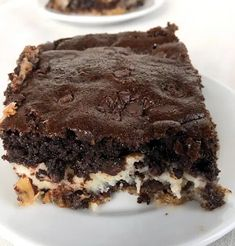 Recipes...CHOCOLATE COCONUT EARTHQUAKE CAKE