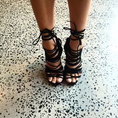 Rozalia Russian @rozalia_russian New shoes make me...Instagram photo   Websta (Webstagram)