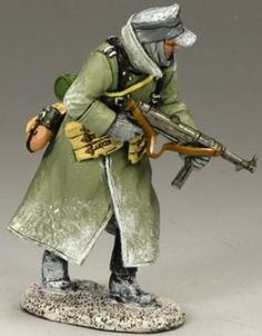 World War II German Winter BBG062 German Sergeant with MP40 - Made by King and Country Military Miniatures and Models. Factory made, hand assembled, painted and boxed in a padded decorative box. Excellent gift for the enthusiast.
