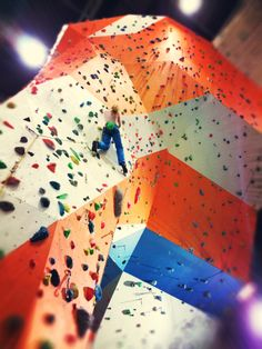 Colour in architecture. Arena Wspinaczkowa Makak, indoor climbing gym in Warsaw, Poland.