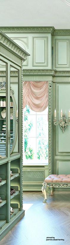 Elegant Master Closets