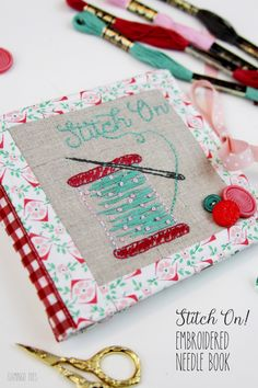 This Stitch On - embroidered needle book is perfect for anyone who loves embroidery or is new. Also a great way to keep track of all those tiny needles! Diy And Crafts Sewing, Easy Sewing Projects, Sewing Projects For Beginners, Sewing Hacks, Felt Projects, Embroidery Patterns Free, Sewing Patterns Free, Free Sewing, Hand Embroidery