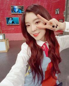 Irene (Red Velvet) - After School Club Selca