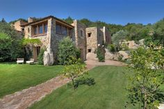 Masterpiece in Sardinia by architect Savin Couelle
