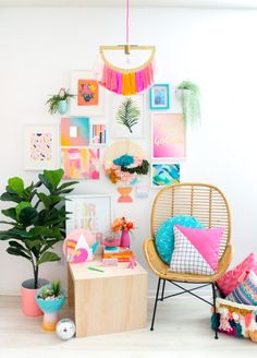 Create a DIY Yarn Fringe Pendant Light with laser cut pieces from Kailo Chic and yarn in whatever color complements your home decor! My Room, Girl Room, Diy Pendant Light, Dream Rooms, Easy Projects, House Colors, Easy Diy, Bedroom Decor, Design