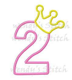 Etsy の Princess Crown Applique design by AppliqueCrazy Diy Birthday Banner, Birthday Party Decorations, Birthday Crowns, Party Favors, Applique Designs, Machine Embroidery Designs, Embroidery Applique, Pink Dessert Tables, Number Stencils