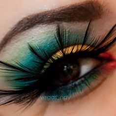 birds of paradise Colorful Eye Makeup, Eye Makeup Art, Eye Art, Hair Makeup, Fun Makeup, Feather Eyelashes, Coastal Scents, Blush, Fantasy