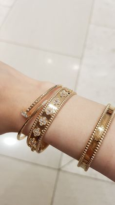 I just got the slim JUC in YG size I have the original size and wanted something for daily wear that was slightly more understated and one that I. Plain Gold Bangles, Solid Gold Bangle, Gold Bangles Design, Luxury Jewelry, Gold Jewelry, Jewelery, Women Jewelry, Unique Jewelry, Gold Fashion