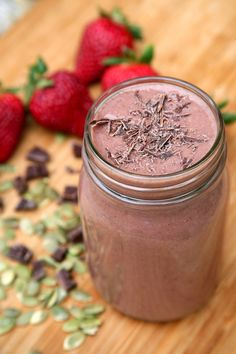 Pin for Later: For a Quick Paleo Breakfast, Whip Up One of These Smoothies Chocolate Strawberry Banana Better-Sex Smoothie This dessert-like smoothie is made with libido-boosting foods like strawberries, peaches, pumpkin seeds, and, of course, chocolate!
