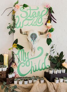 Adorable Spring Baby Shower Themes Bring out your inner boho momma with this boho chic baby shower theme.Bring out your inner boho momma with this boho chic baby shower theme. Baby Shower Boho, Baby Shower Azul, Shower Bebe, Baby Shower Themes, Shower Ideas, Wildflower Baby Shower, Baby Shower Quotes, Bohemian Baby, Modern Bohemian